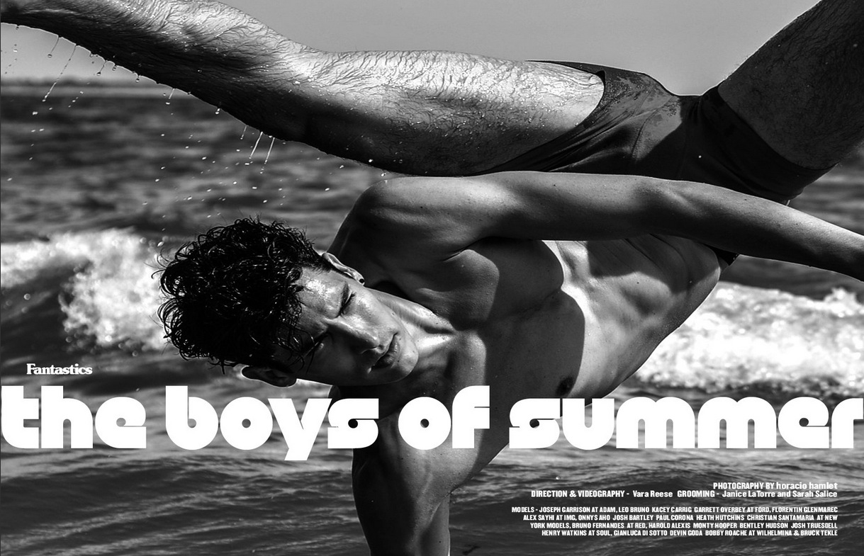 Epica history of late summer, the resident photographer of Hamlet makes Horatio nyc miss his photographic and artistic ability to recreate a story titled summer boys summer in an exclusive magazine for Fantastics board where 21 models who pose for the Horacio lens on the seashore, the models will list below, wearing different swimsuits and underwear Versace classics. Congratulations to all for achieving a fascinating work, Fantastics Magazine for providing the opportunity for Hamlet and Horatio demonstrate their ability in a flawless manner.