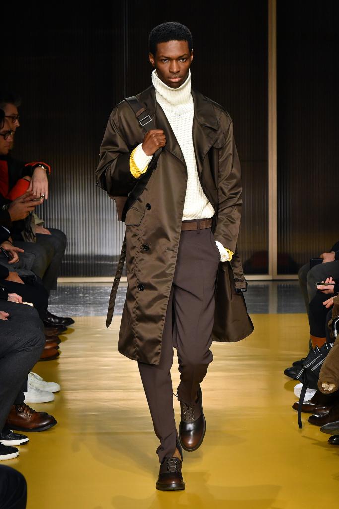 BOSS Fall Winter 2018 New York - Fashionably Male fccc82d178