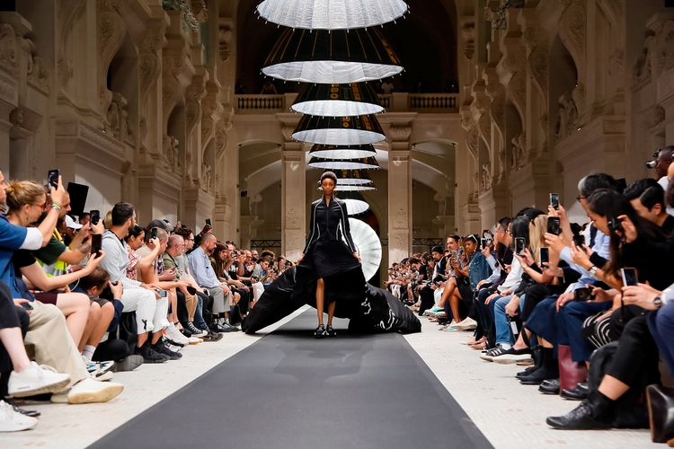 Y-3 Spring Summer 2019 Paris