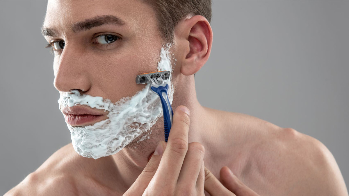 Which Shaving Razor Is Right For You? Here's What You Need To Know
